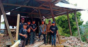 Peduli Gempa Sulbar, Rektor Al-Khairaat Temui Warga Takandeang