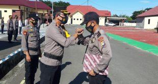Juara Lomba Da'i, Kapolres Pasangkayu Berikan Penghargaan Kepada Briptu Zulfahmi